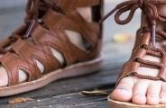 孩子性早熟,竟是拖鞋惹的祸!4招教你选对宝宝拖鞋!